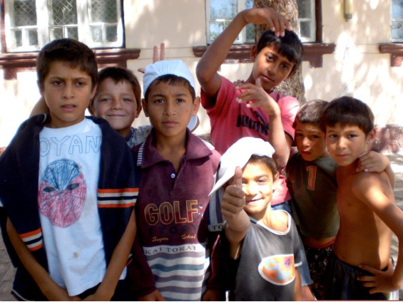 Build a Better Future for Roma Youth | StartSomeGood